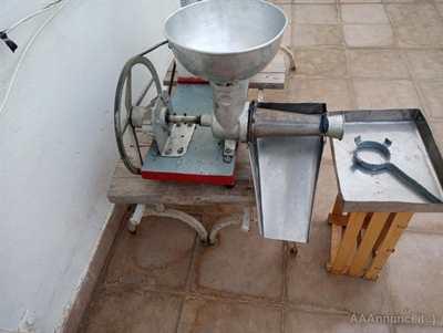 Macchinetta elettrica x pomodori